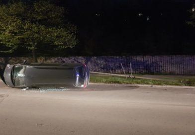 Srednja Bosna: Prevrnuo se automobil, jedna osoba povrijeđena