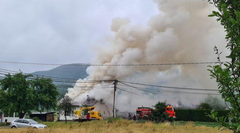 Veliki požar kod Kiseljaka, gorila porodična kuća