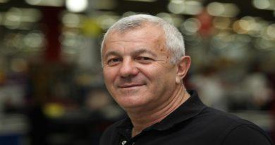 """Tuga u Vitezu zbog smrti Pere Gudelja: """"Bio je i ostao čovjek iz naroda"""""""