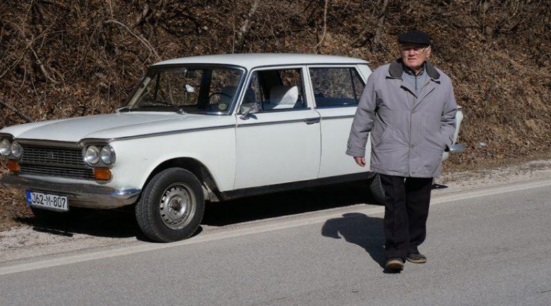 """Bugojanac vozi automobil star 42 godine: Djevojke su se ljepile za """"Tristača"""" kao pčele na med"""