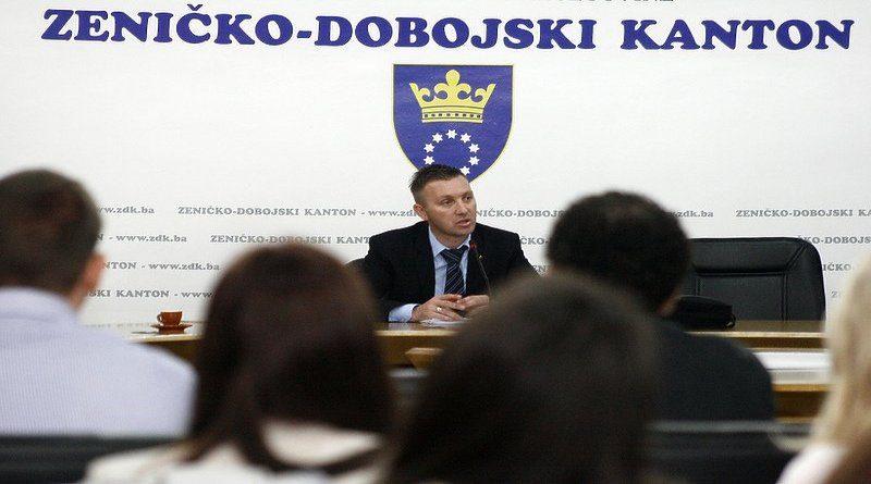Zenica: Bivši direktor Zavoda za zdravstveno osiguranje Senaid Begić osuđen na 2,5 godine zatvora