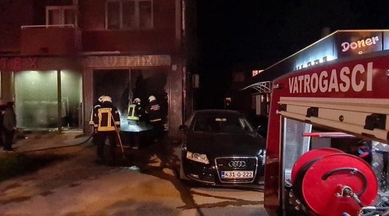Planula prodavnica u Zenici: Vatrogasci spriječili širenje vatre